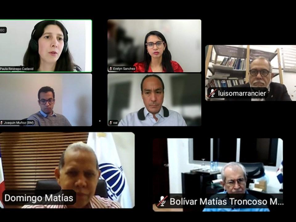 El viceministro de Ordenamiento Territorial y Desarrollo Regional, Domingo Matías, encabezó el acto virtual, junto al equipo del Banco Mundial.