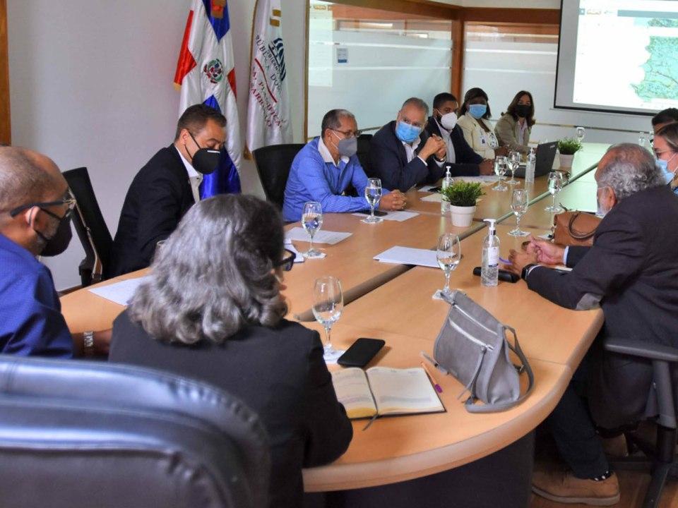 El viceministro de Ordenamiento Territorial y Desarrollo Regional, Domingo Matías, resaltó la necesidad de introducir nuevos datos y actualizar así las informaciones de las sectoriales.