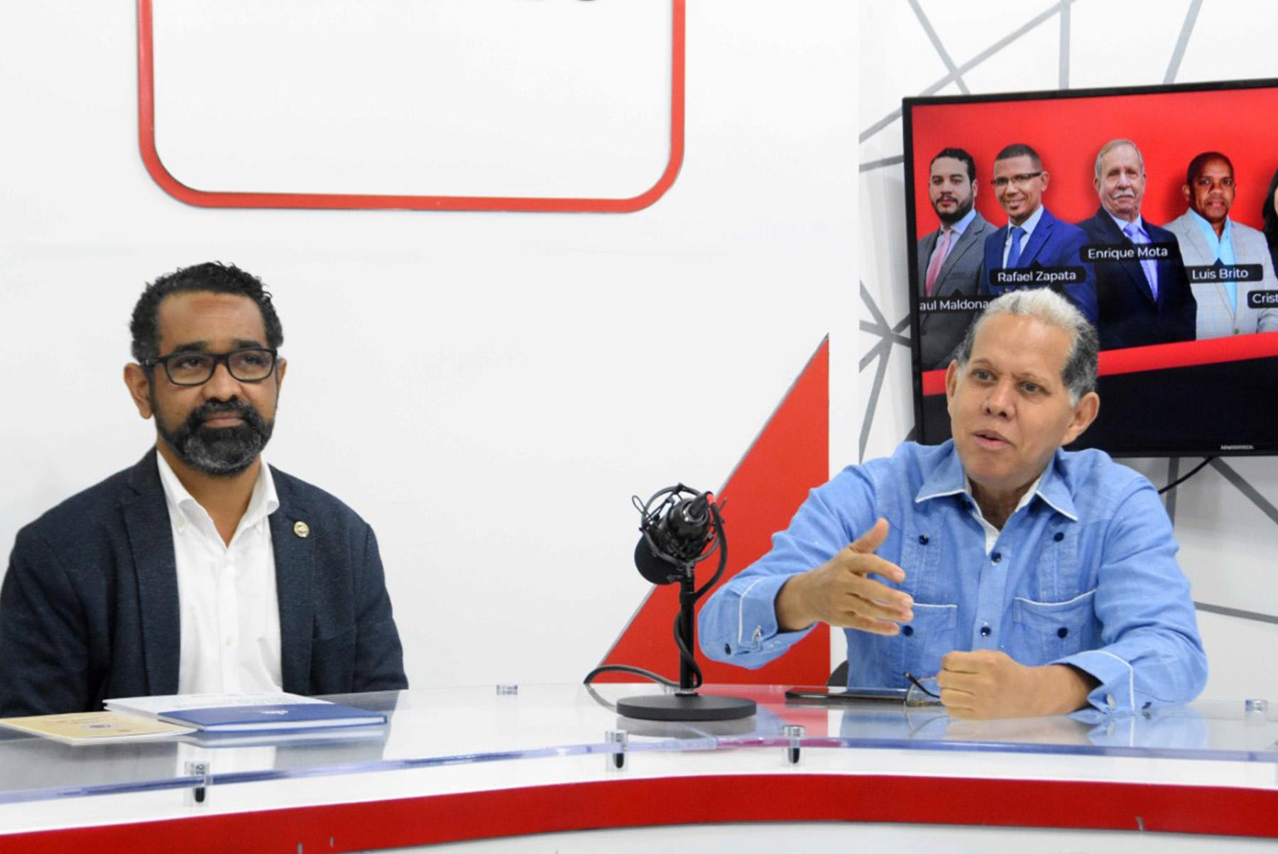 El viceministro de Ordenamiento Territorial y Desarrollo Regional, Domingo Matías, y el director de la Defensa Civil , Juan Salas, participaron en el programa Nuevo Diario AM que conducen los periodistas Tuto Mota, Rafael Zapata y Cesarina Rosario.