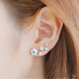 9e21034058 Studs Earrings Archives - Meqstore
