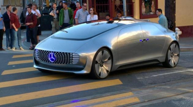 Conheça o novo carro da Mercedes (sem motorista)