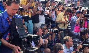 Fotógrafo usou uma câmera de 104 anos para fotografar a Fórmula 1 e o resultado foi incrível