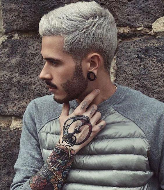 7 looks que estão a tornar a cor platinada numa tendência de hairstyle masculino