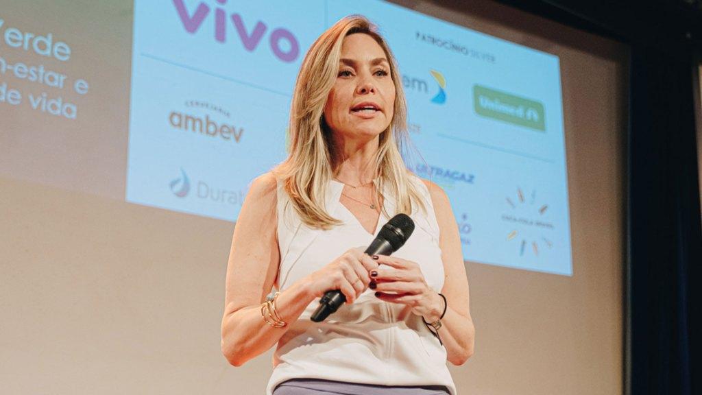 Claudia Abreu - Mundo Verde