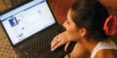 facebook-adolescente -