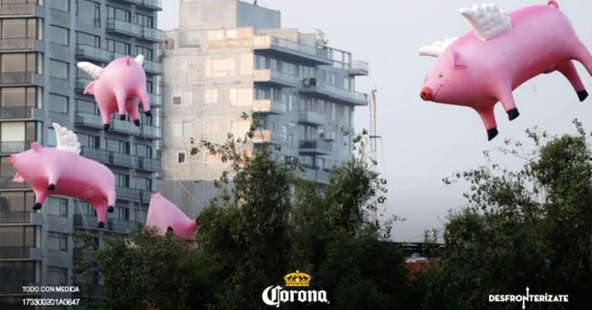 México – Cerveza Corona pone a volar a los cerdos