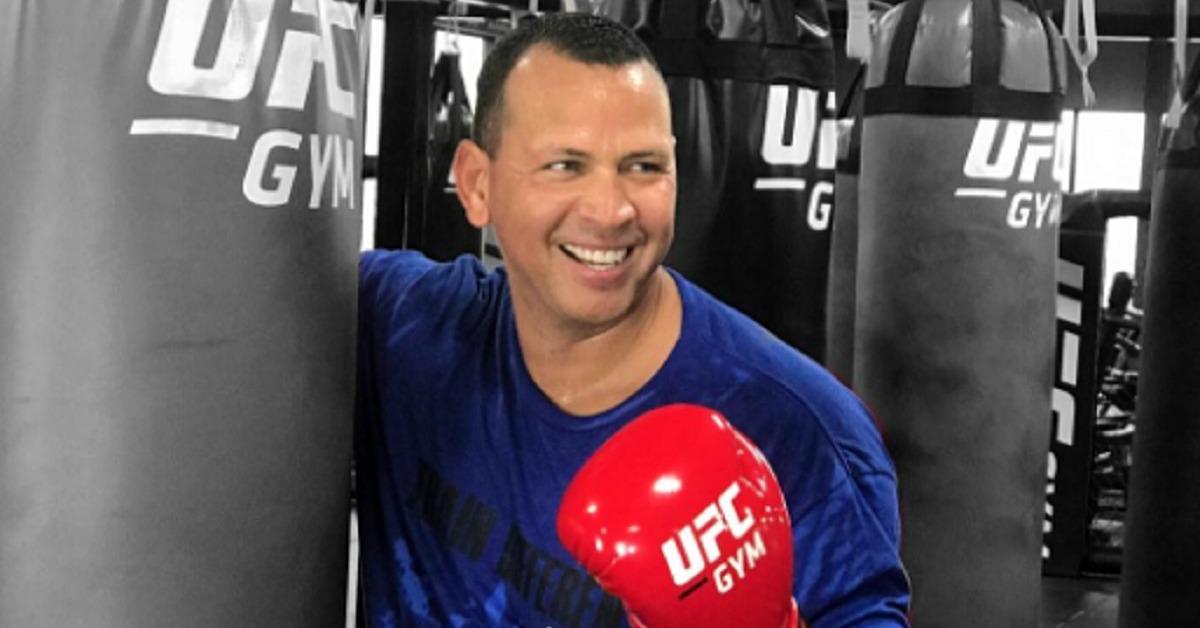 Alex Rodríguez cambia el bate por las MMA