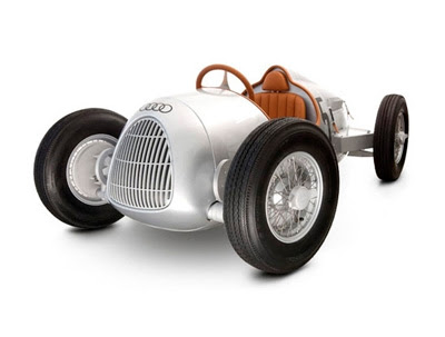 strictly-limited-audi-auto-union-scale-replica-pedal-car