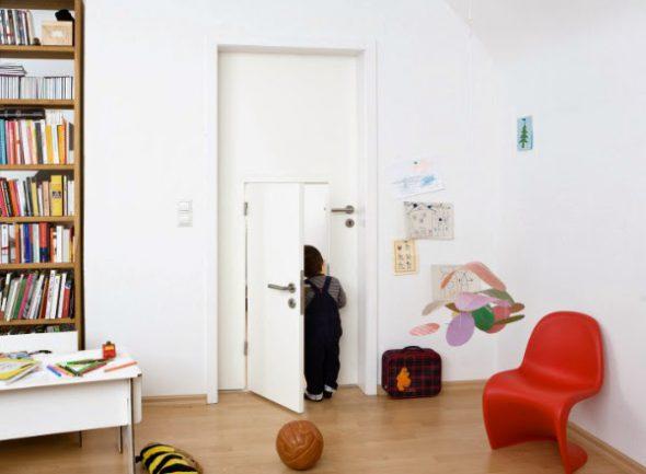 Minjjoo_Small_Door_for_Children (3)