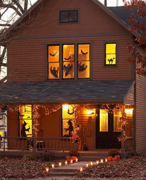 Scary-Outdoor-Halloween-Decorations-And-Silhouettes_07