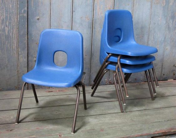 Child chair robin day