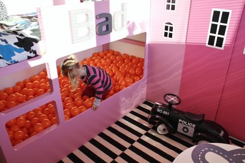 letto-kura-piscina-palline