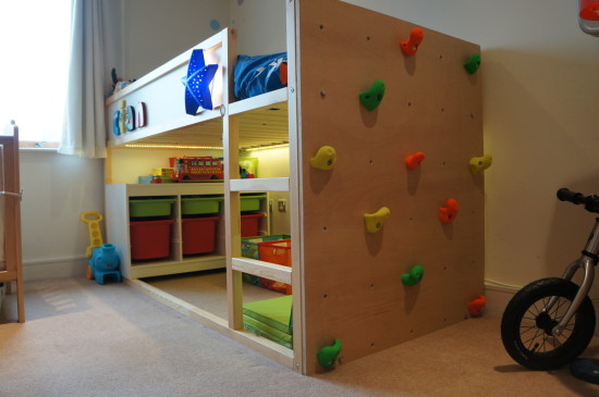 parete-arrampicata-kura-bed