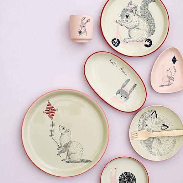 Piatti In Ceramica Per Bambini.Adorabili Piatti Con Gli Animali Mercatino Dei Piccoli