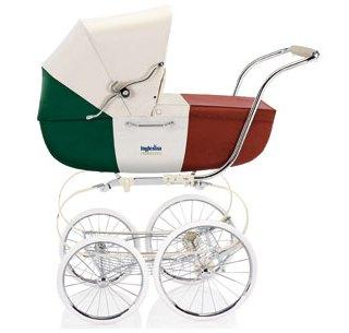 <!--:it-->Passeggino e carrozzina tricolore<!--:-->