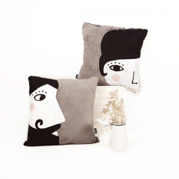 lola-cushion