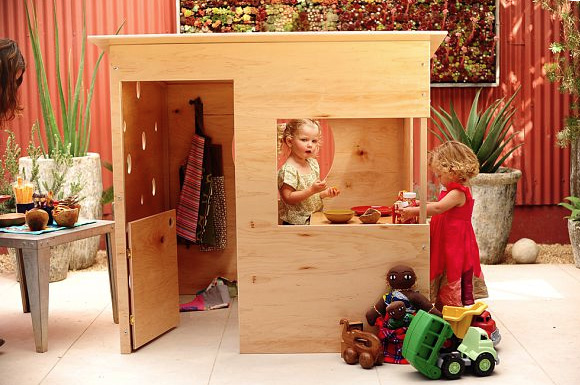 wedgehouse_modernplayhouse