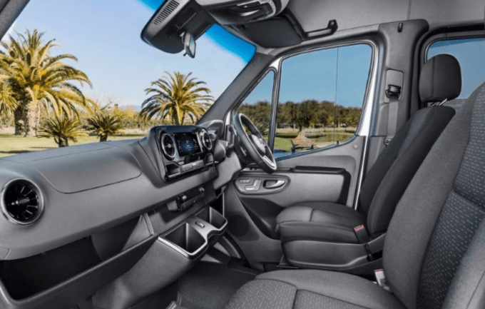 2020 Mercedes-Benz Metris Interior