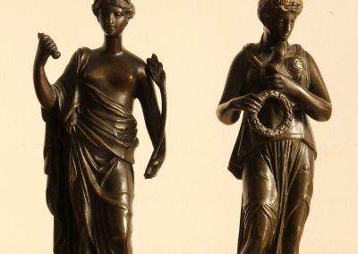 Pareja de estatuillas en bronce