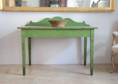 Consola de campo inglesa pintada verde