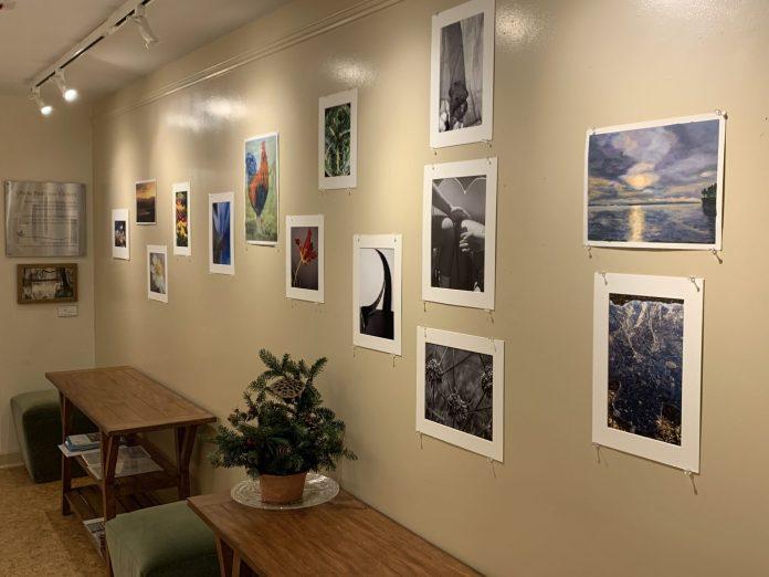 """D&R Greenway """"Light Stillness Beauty:"""" Art of Leslie Kuenne through Feb. 6"""