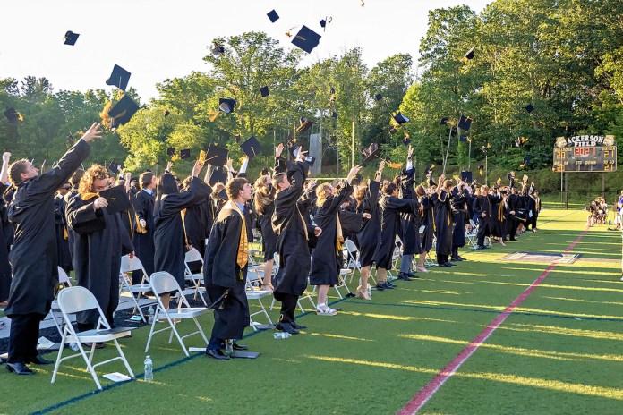 HVCHS celebrates the graduation of 271 students