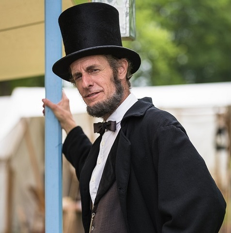 Kevin Wood as Abraham Lincoln