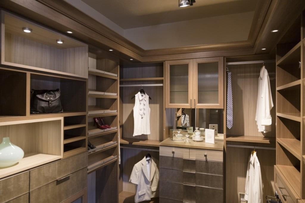 California Closets See Inside Interior Design Walnut