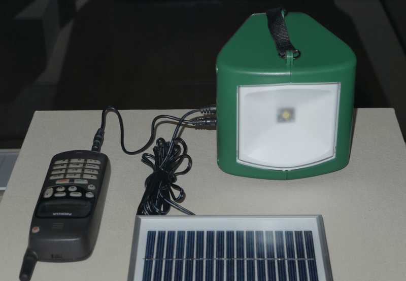 1 Million Solar Study Lamps Distributed by Government in Three Indian States