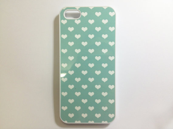 hearts-ipod-case-etsy
