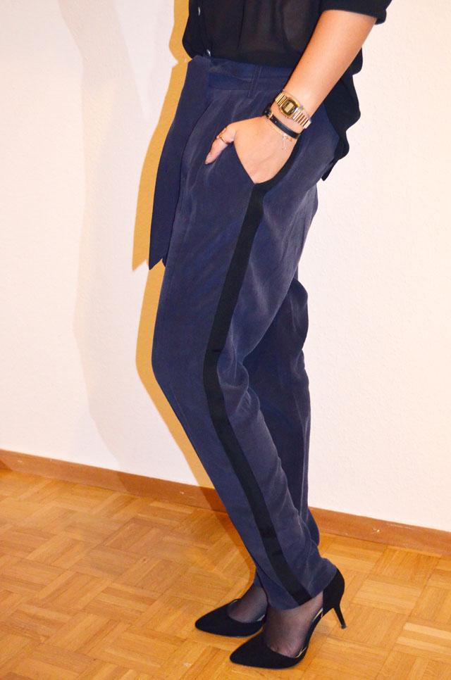mercredie-blog-mode-les-petites-pantalon-groom-bleu-escarpins-zara-montre-casio-vintage