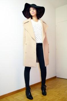mercredie-blog-mode-geneve-suisse-zara-top-dentelle-jean-current-elliott-stan-smith-look-outfit-inspiration-krama-heritage3