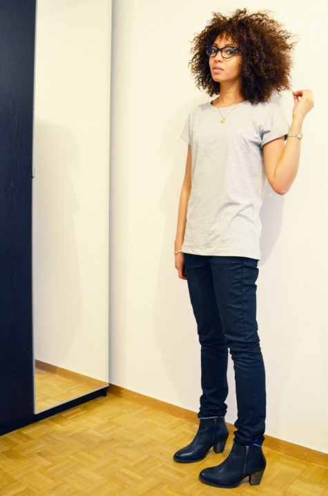 mercredie-blog-mode-geneve-suisse-lunettes-rayban-easylunettes-5226-cateye-t-shirt-asos-grey-boyfriend-afro-hair-cheveux-frises-nappy-jean-etam-zip-boots-pistol-acne-zign-2