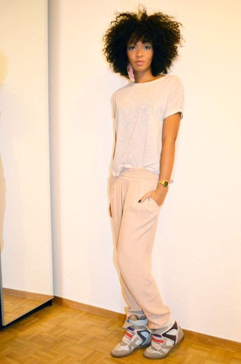 mercredie-blog-mode-lookbook-style-look-pantalon-ample-mango-t-shirt-clous-studded-sneakers-isabel-marant-bois-de-rose