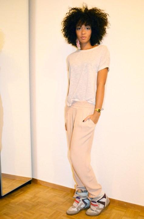 mercredie-blog-mode-lookbook-style-look-pantalon-ample-mango-t-shirt-clous-studded-sneakers-isabel-marant-bois-de-rose