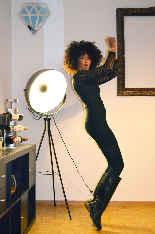mercredie-blog-mode-outfit-look-style-look-robe-noire-dentelle-atmosphere-primark-afro-hair-natural-boucles-michael-jackson