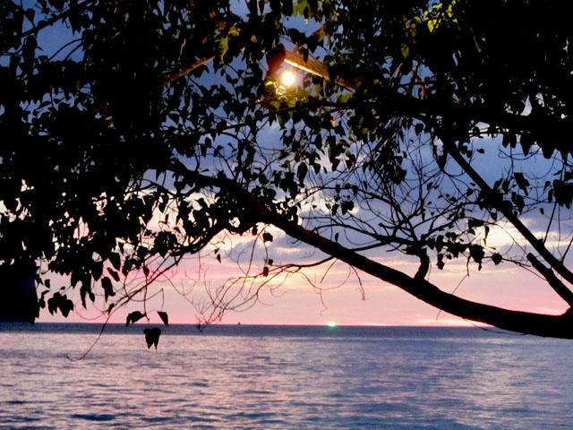 mercredie-blog-mode-voyage-thailande-couche-de-soleil-koh-phi-phi