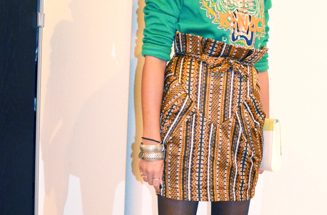 mercredie-blog-mode-beaute-fashion-look-outfit-kenzo-tiger-sweater-sweater-soldout-green-tigre-jupe-africa-asos-skirt-african-albatorock-ersatz