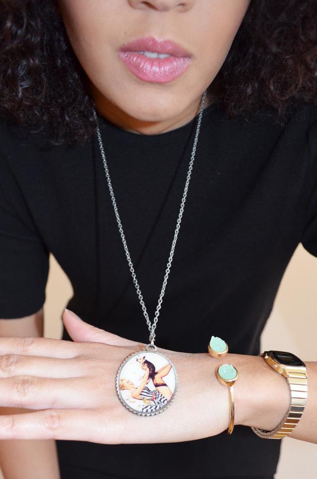 mercredie-blog-mode-beaute-geneve-collier-pendantif-pinup
