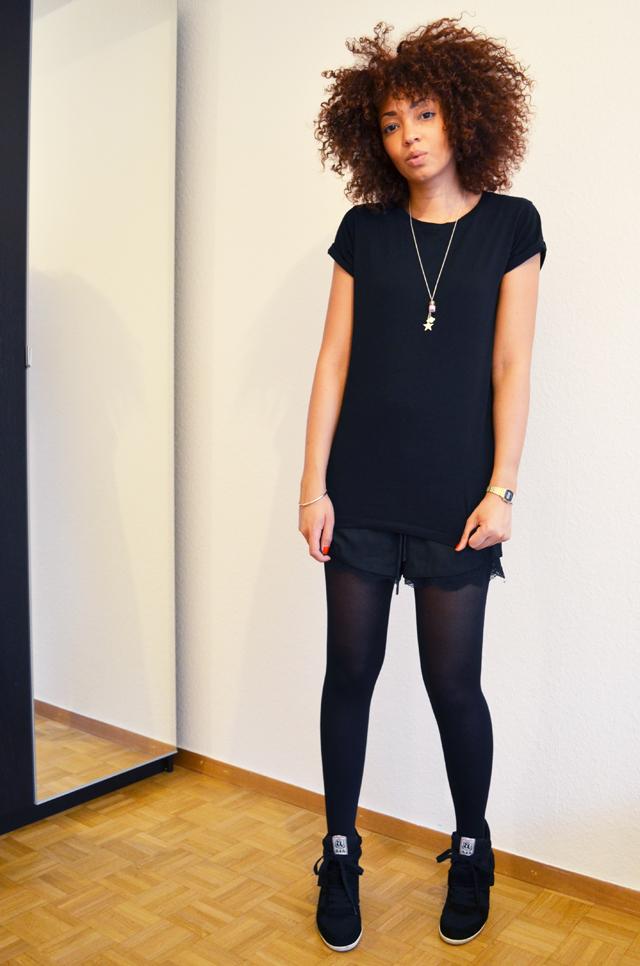 mercredie-blog-mode-beaute-bijoux-concours-collier-les-biches-short-zara-tshirt-boyfriend-asos-ash-bowie-black-afro2