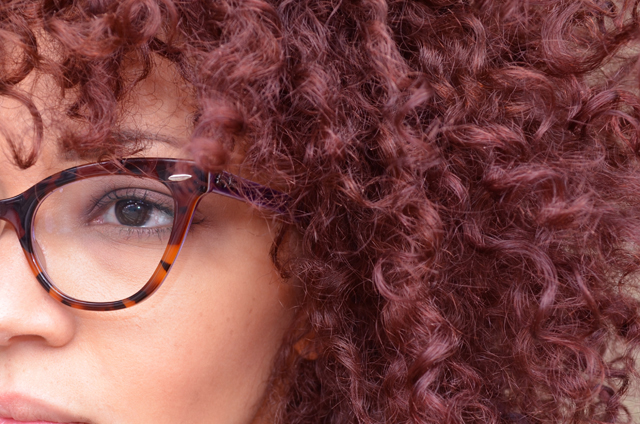 mercredie-blog-mode-beaute-cheveux-hair-color-couleur-olia-test-review-avis-avant-apres-before-after-rouge-cerise-profond-test-red-cherry-curly-curls-nappy-boucles-frises