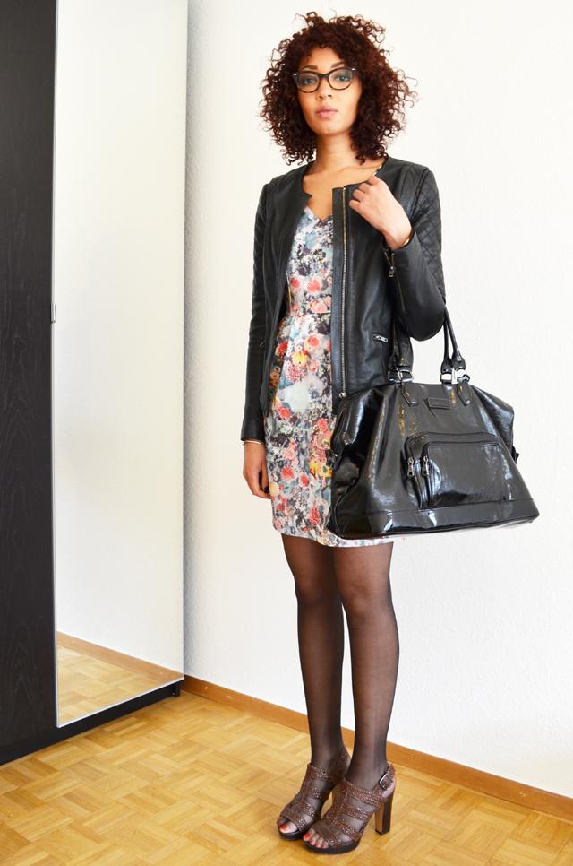 mercredie-blog-mode-robe-h&m-roseanna-ersatz-bata-bel-air-blouson-afro-hair-cheveux-nappy-longchamp-legende-xl-kate-moss5