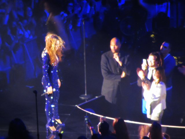 mercredie-blog-mode-Zurich-Beyonce-concert-Suisse-Hallenstadion-mrs-carter-show-live11