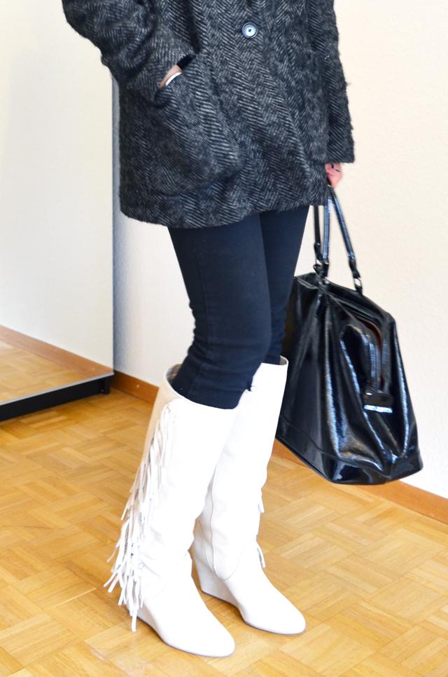 mercredie-blog-mode-suisse-geneve-bottes-supertrash-franges-fringed-boots-isabel-marant-manly-ersatz-beige-manteau-mango-kate-moss-sac-longchamp-xl-legende