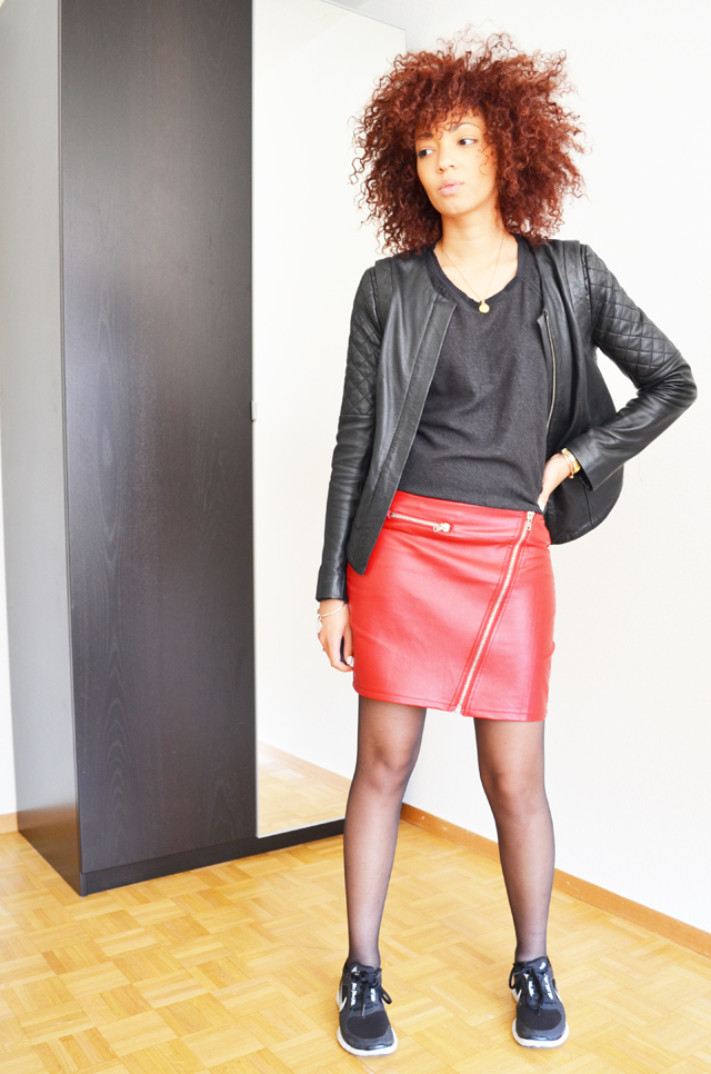 blog-mode-mercredie-geneve-suisse-jupe-cuir-rouge-michael-jackson-thriller-red-jacket-freerun-nike-fashion-blogger-sac-legende-longchamp6