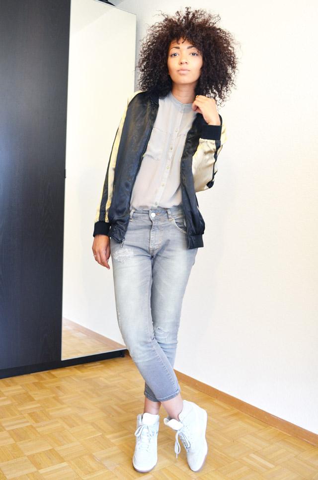 mercredie-blog-mode-geneve-suisse-asos-kaki-jean-boyfriend-zara-gris-nike-dunk-sky-white-teddy-soie-brode-bomber-college-veste-jacket