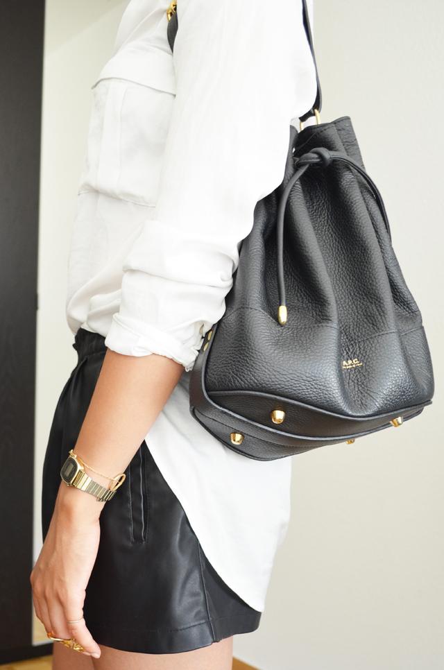 mercredie-blog-mode-geneve-suisse-chemise-blanche-short-cuir-h&m-bague-phalange-rita-zia-casio-montre-doree