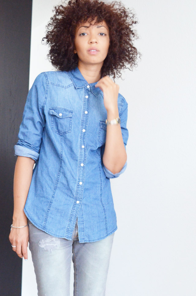 mercredie-blog-mode-geneve-switzerland-fashion-blogger-sac-sceau-apc-denim-shirt-chemise-jean-curly-curls-hair-nappy-cheveux-frises