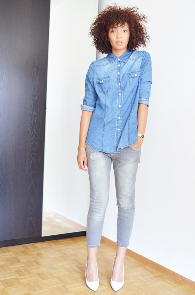 mercredie-blog-mode-geneve-switzerland-fashion-blogger-zara-escarpins-blanc-wedges-compenses-denim-shirt-chemise-jean