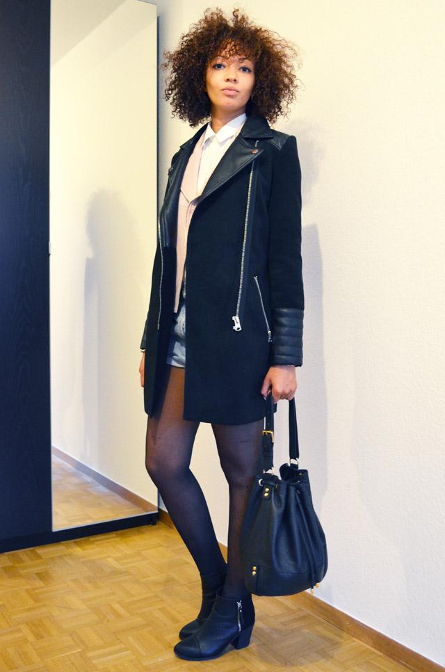 mercredie-blog-mode-beaute-suisse-geneve-bottines-h&m-2013-short-levis-501-chemise-blanche-newlook-look-cheveux-afro-gilet-cuir-blouson-sans-manches-maje-rose-zip-2013-sac-sceau-apc-manteau-sandro-like-ersatz-zara-bi-matiere-cuir-c&a